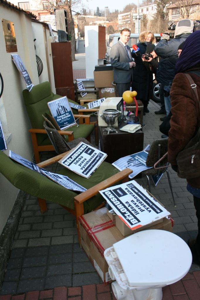 Bělorusko: lidská práva vystěhována