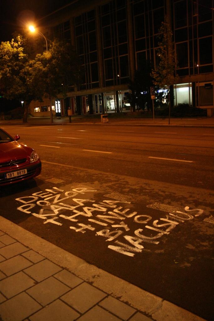 Tiskové prohlášení iniciativy Občané proti neonacismu: Vzkaz neonacistům v ulicích Brna