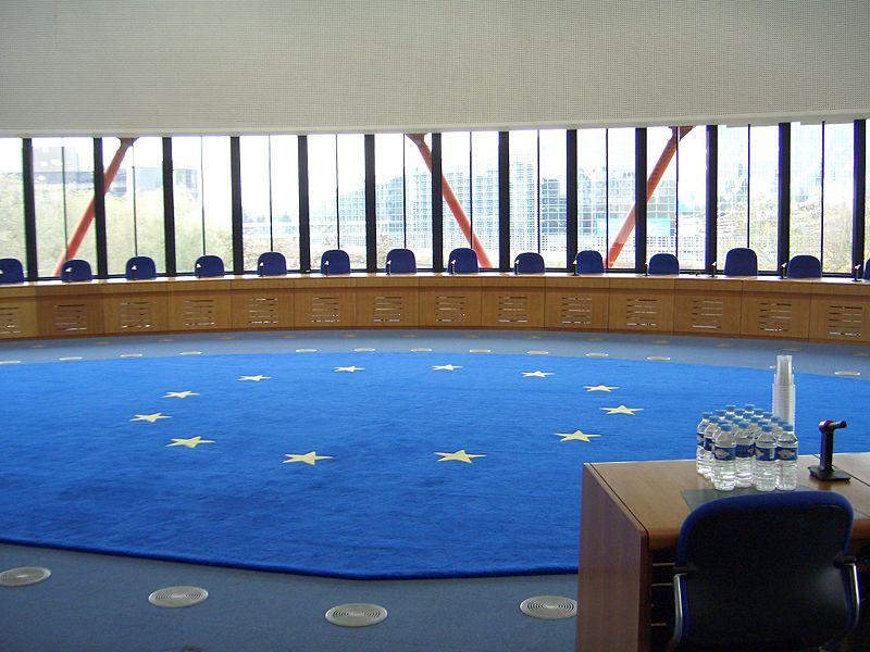 Právo českých žen na asistovaný domácí porod řeší soud ve Štrasburku