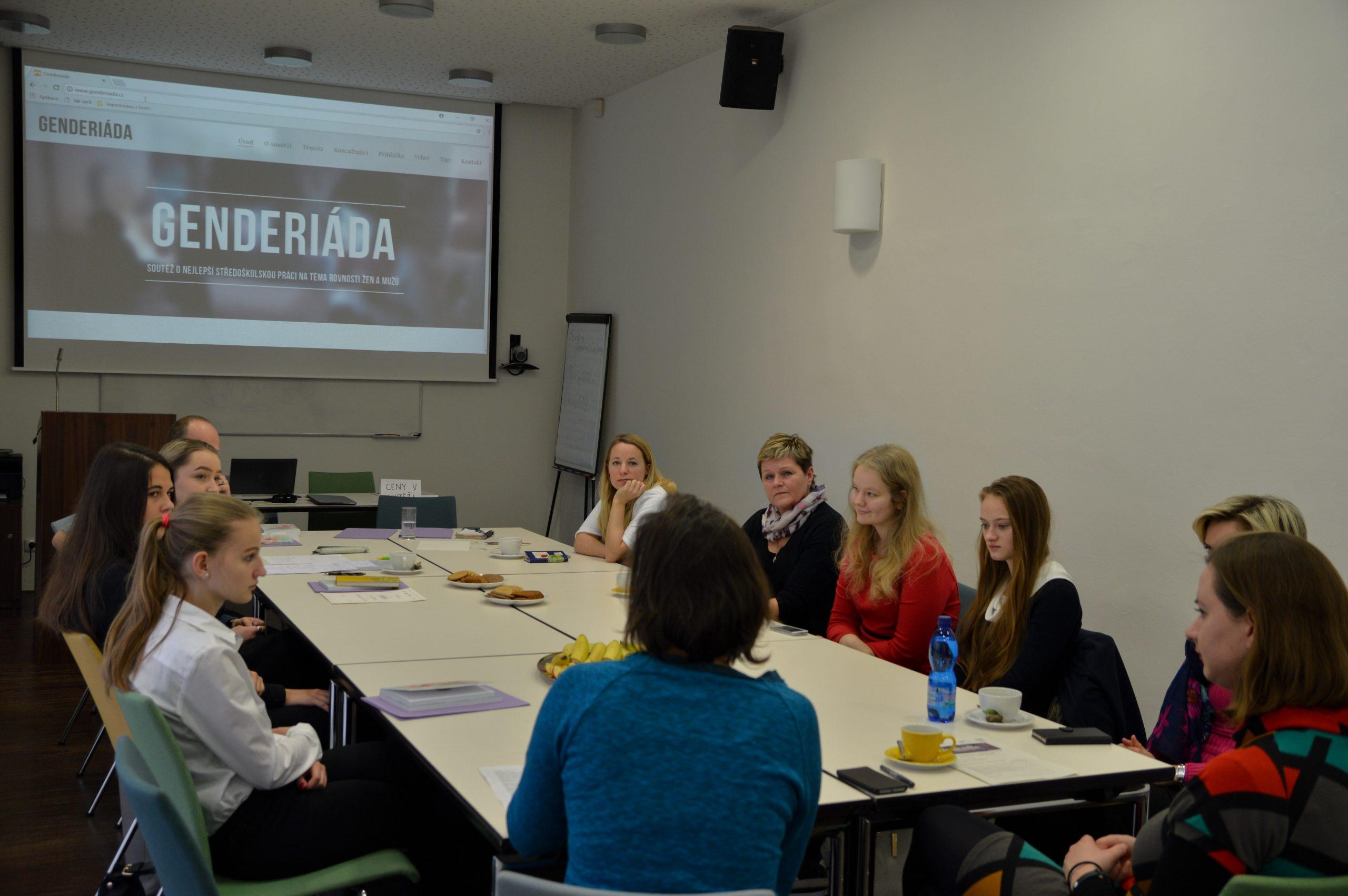 První místo v soutěži Genderiáda získaly studentky, které zkoumaly stereotypy na trhu práce